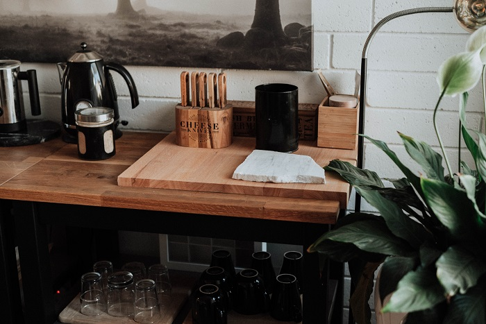 5 Ways for Working Women to Clean Your Kitchen Less Often