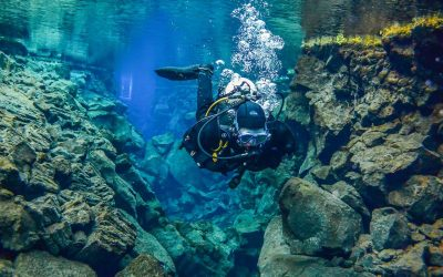 Dive between the Continents at Silfra