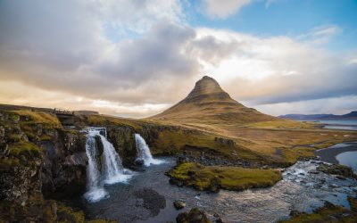 5 Stunning Waterfalls in Iceland You Must Visit